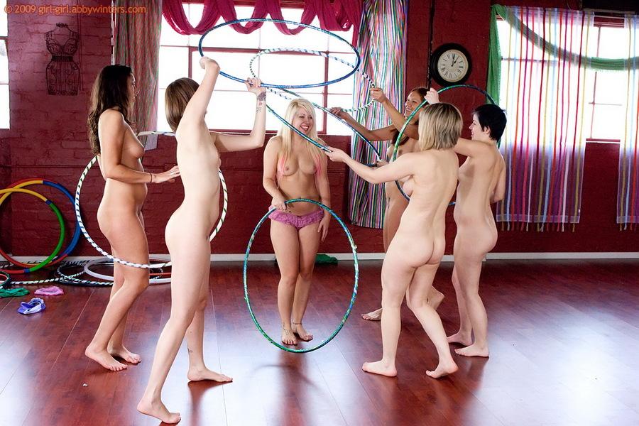 group naked girls